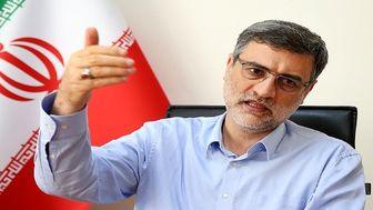 قاضی زاده هاشمی در انتخابات ثبت نام میکند