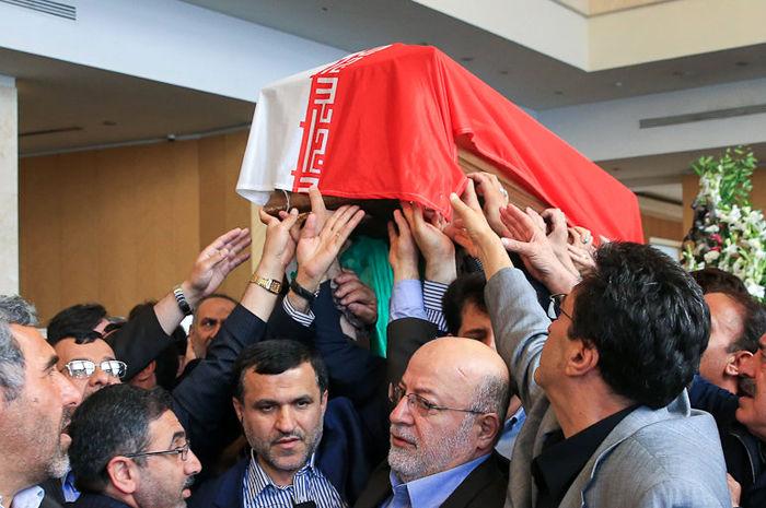 (تصاویر) تشییع نماینده سلماس در مجلس