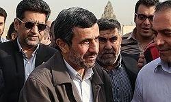 حضور احمدینژاد در مراسم ختم پدر محصولی