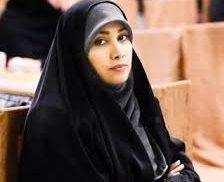 پوشش خانمهای مجری در حرم امام رضا(ع)/عکس
