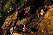 بازدید 35 هزار گردشگر از غار شگفت انگیز علیصدر
