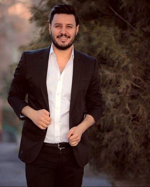 جواد عزتی + عکس
