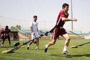 فرشاد احمد زاده ناراحت ورزشگاه را ترک کرد