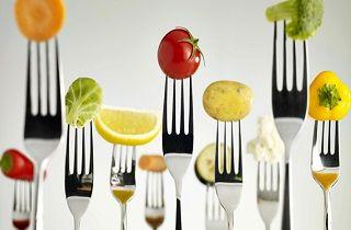 با این 8 خوردنی خوشمزه اثرات غذاهای پرچرب را کم کنید
