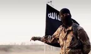 داعش یک سرکرده طالبان را ترور کرد