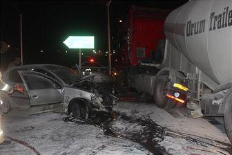 آتش گرفتن 206 پس از برخورد با کامیون