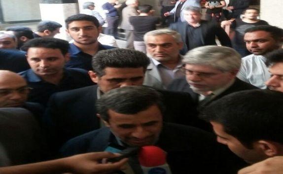 حضور محمود احمدی نژاد در مراسم
