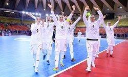 تیم ملی فوتسال زنان ایران جام قهرمانی را بالای سر برد
