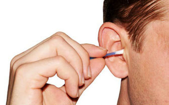 افراد دارای سمعک از گوش پاک کن استفاده نکنند