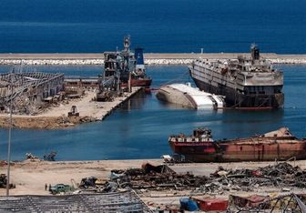 انتقال چند نوع ماده شیمیایی از بندر بیروت