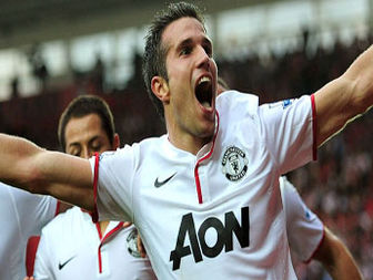 Ryan Giggs says new Manchester United team - mate Robin van Persie is world class