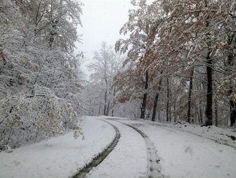 اولین برف پاییزی ارتفاعات رامیان را سفیدپوش کرد