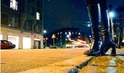 اوج تمدن غرب؛ نصب پارکومتربرای زنان خیابانی!