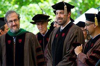 بن افلک دکترای افتخاری گرفت