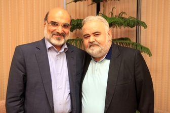 احوال پرسی رئیس رسانه ملی با اکبر عبدی