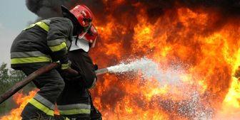 مهار آتش در ساختمان چهار طبقه در میدان انقلاب