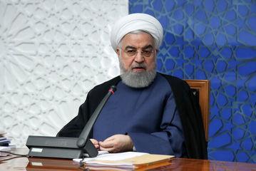 روحانی: کولبری و سوختبری در شأن و منزلت مردم ایران و کشور نیست