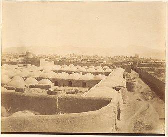 نان بربری و سنگک تهران در 120 سال قبل/عکس