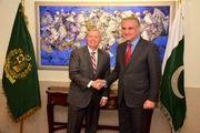 «لیدنسی گراهام» با وزیر خارجه پاکستان دیدار کرد