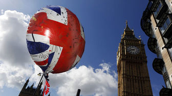 رشد اقتصادی انگلیس کمتر میشود