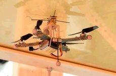 پهپادی که به سقف و دیوار میچسبد + عکس