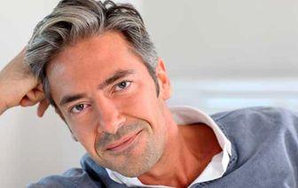 علت سفید شدن موها در جوانی