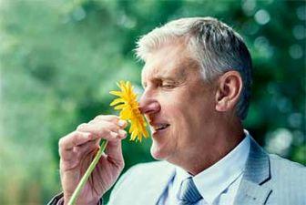 چرا حس بویایی ضعیف می شود؟