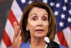 """خانم دموکرات با """"پلوسی"""" شوخی ندارد"""
