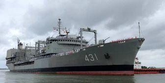 تلاش برای نجات شناور خارک بینتیجه ماند/ نجات کارکنان شناور خارک