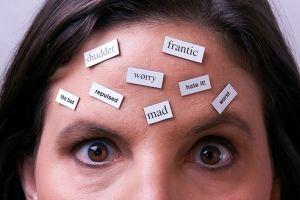 چگونه افکار منفی را از خود دور کنیم؟!