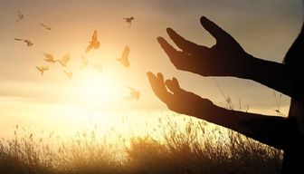 چگونه از خداوند صبر و استقامت طلب کنیم؟
