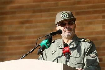 امیر فولادی: در دفاع مقدس ۴۰ هزار سرباز به شهادت رسیدند