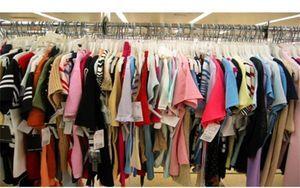 بازار پوشاک ایران در انحصار چشم بادامیها!