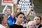 اعتراض بازماندگان تیراندازی فلوریدا به کنگره