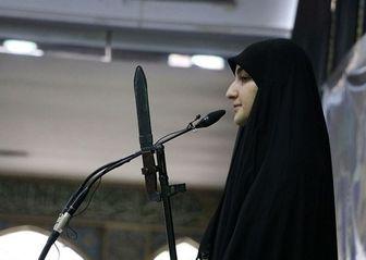 عکسِ دختر سردار سلیمانی، سلاح به دست