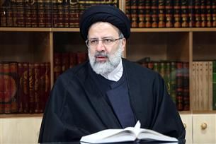 تماس تلفنی آیت الله رئیسی با حجت الاسلام رحیمیان درباره انتخابات