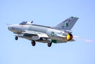 گشتزنی جنگندههای پاکستان در مرز با هند