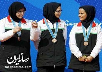 در روز جهانی زن جای بانوان ایرانی در بیبیسی خالی!
