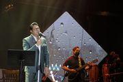کنسرت آنلاین حجت اشرفزاده با ۸۶هزار مشاهدهکننده برگزار شد