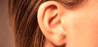 وجود مو روی گوش یک نشانه هشدار دهنده است