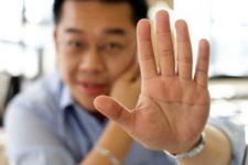 تغییرات درکف دست، ناخنها وانگشتانتان راجدی بگیرید