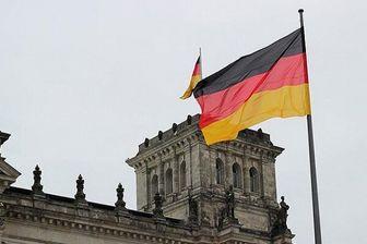 رشد اقتصادی آلمان نصف میشود