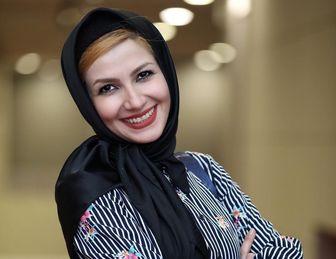 ژِست خاص خانم مجری، خارج از محیط کار/ عکس