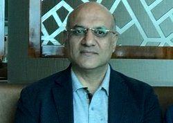 امیرحسین فتحی: تیام حق ندارد جایی برود