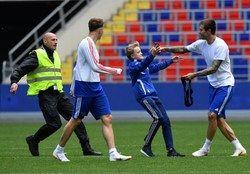 وقتی امنیت جام جهانی زیر سوال می رود+عکس