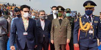 امیر حاتمی: به دنبال ارتقاء فناوری جنگندههای خود هستیم