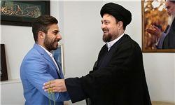 قهرمان المپیک با یادگار امام (ره) دیدار کرد