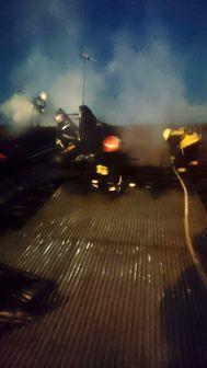 سقف خانه آتش گرفت
