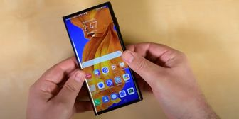 دوام بیشتر گوشی تاشوی Huawei Mate Xs نسبت به رقبا