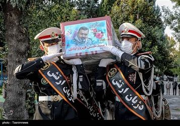 مراسم تشییع پیکر سرلشکر فیروزآبادی
